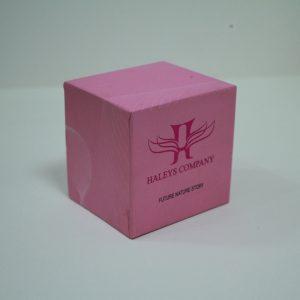 Hộp đựng mỹ phẩm hình vuông màu hồng