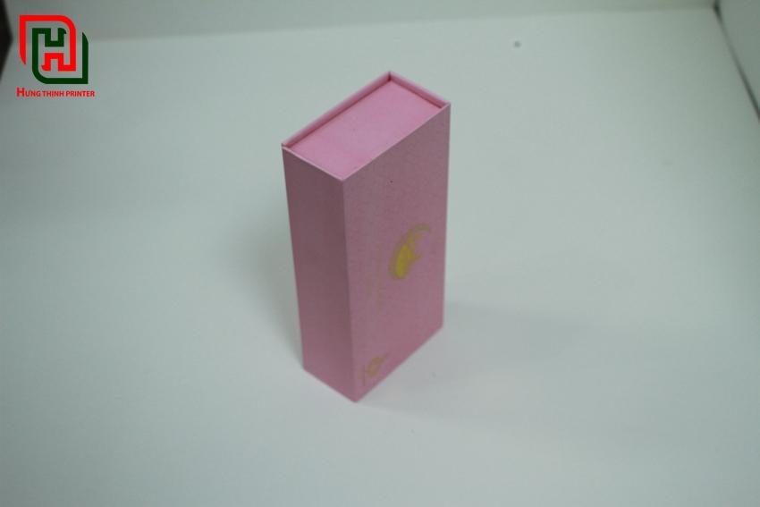 Hộp đựng quà hình nhữ nhật màu hồng